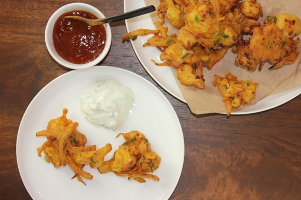 cauliflower-onion-bhajis