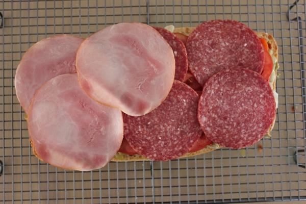 muffuletta-oliving-salami-ham