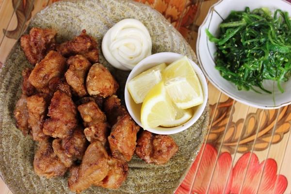 karaage-chicken-kewpie-seaweed-salad