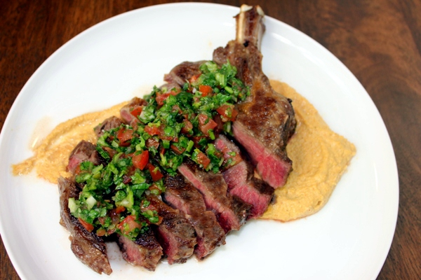 rib-fillet-two-sauces-01