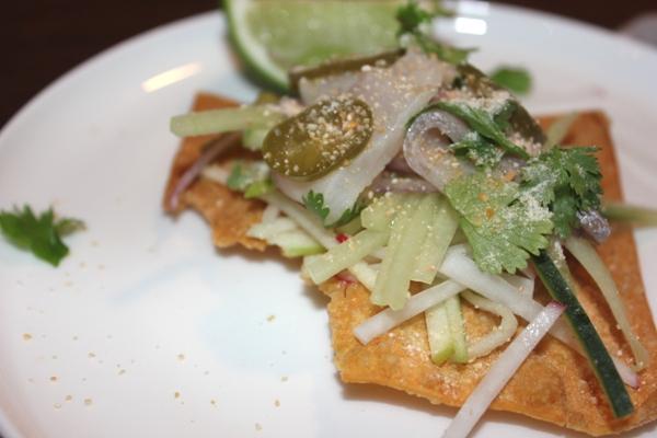 kingfish-sashimi-tostada