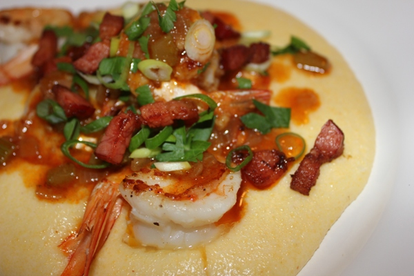cheesy-shrimp-and-grits