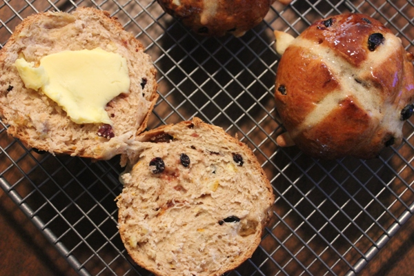 fresh-hot-cross-bun