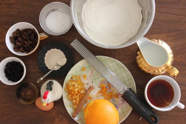 hot-cross-bun-ingredients