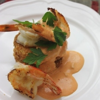 Fried Green Tomatoes with Caramelised Shrimp and Red Pepper Remoulade