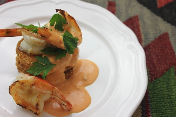 fried-green-tomatoes-shrimp-red-pepper-remoulade