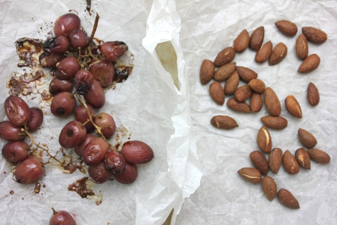 roasted-grapes-toasted-almonds